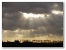 Strahlen durch die Wolken