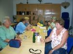 Handarbeitsfrauen im Gemeindehaus